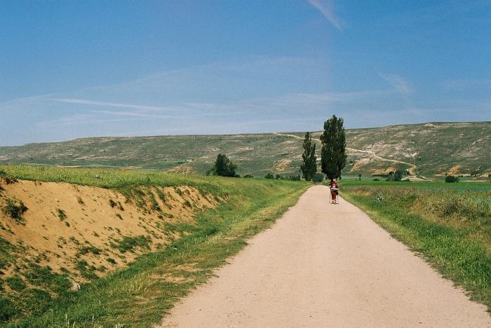 Pilgerin auf dem Jakobsweg in Spanien